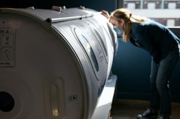 Séance d'oxygénothérapie en caisson pressurisé à Lyon et Annecy